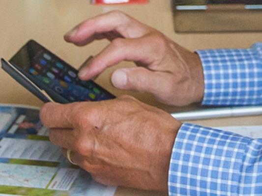 Die Arbeiterkammer Vorarlberg warnt vor einer neuen Betrugsmasche. Demnach werden Zahlungen für angebliche Sex-Hotline-Nutzungen gefordert.