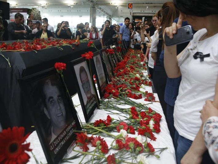 Trauer um die Terror-Opfer in Istanbul