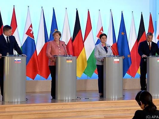 Fico, Merkel, Szydlo, Orban und Sobotka im Rahmen der Pressekonferenz
