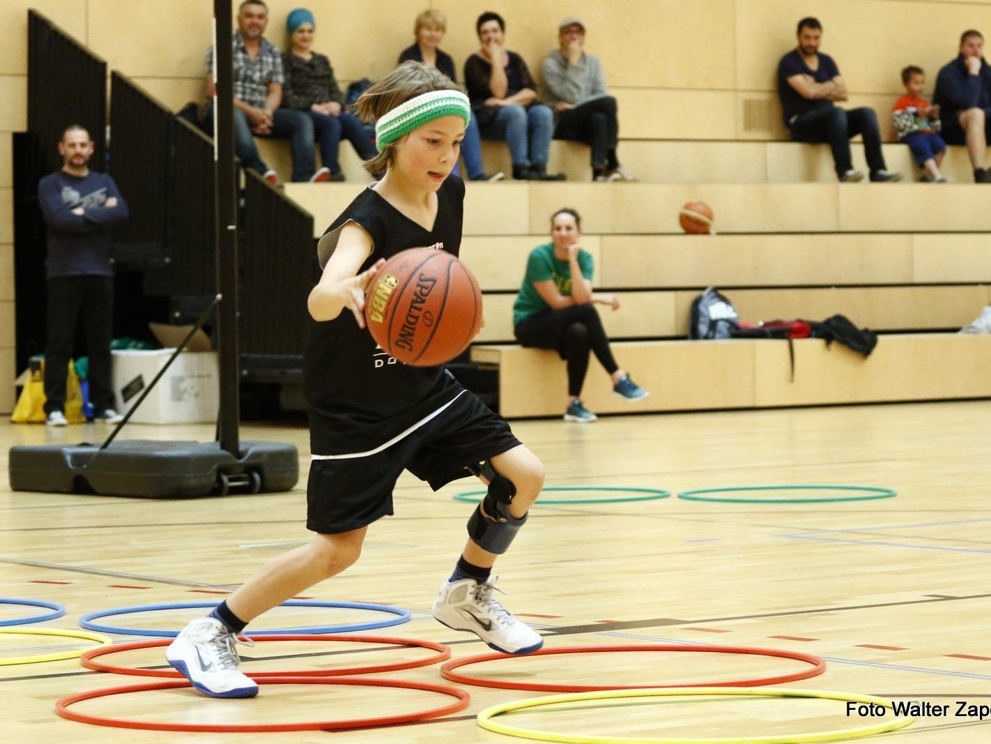 Kommende Woche können Kinder und Jugendliche sich im Basketball-Camp in Haselstauden austoben.