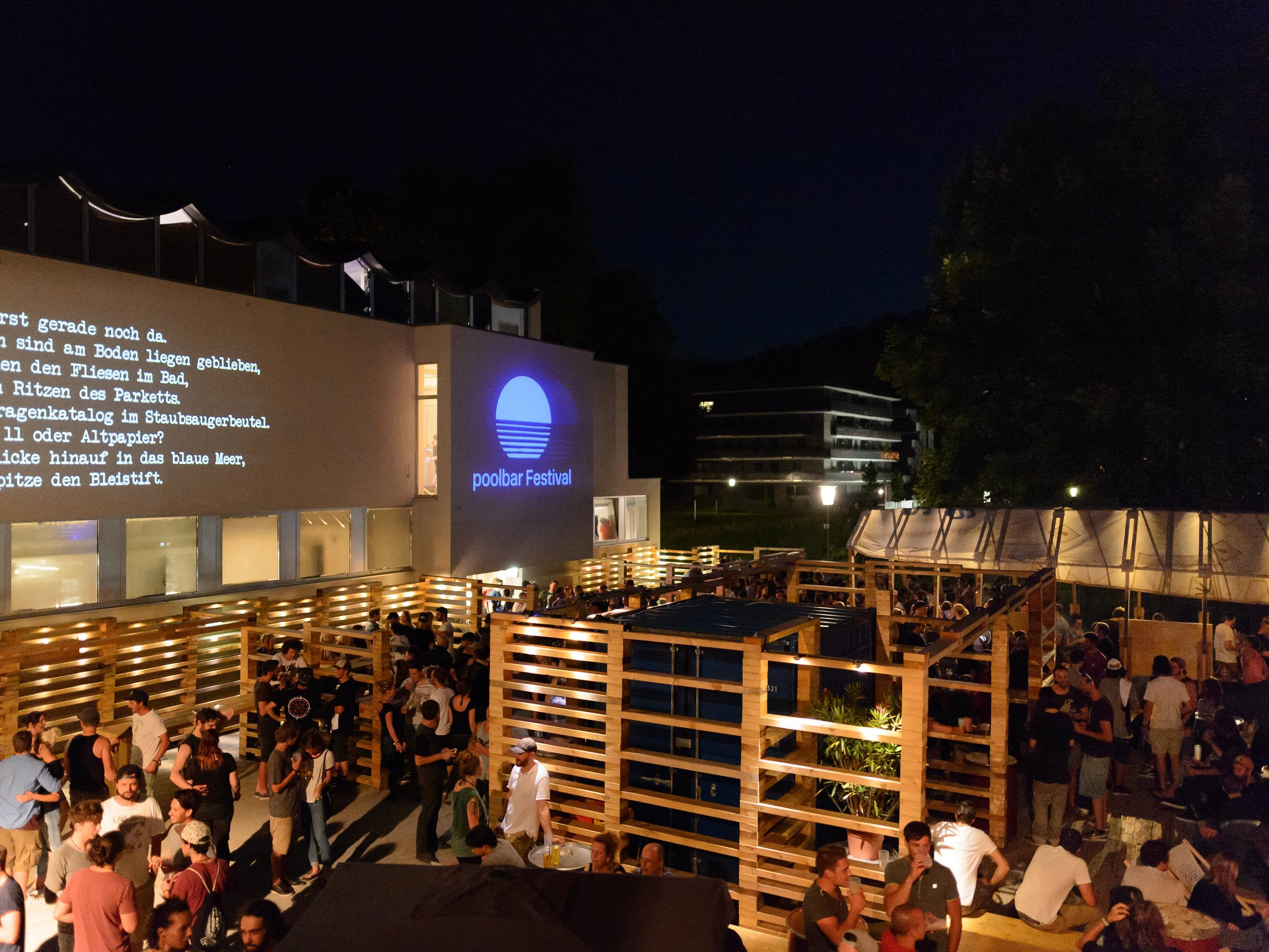 Ein letztes Mal wird im Alten Hallenbad im Rahmen des Poolbar-Festivals 2016 gefeiert.