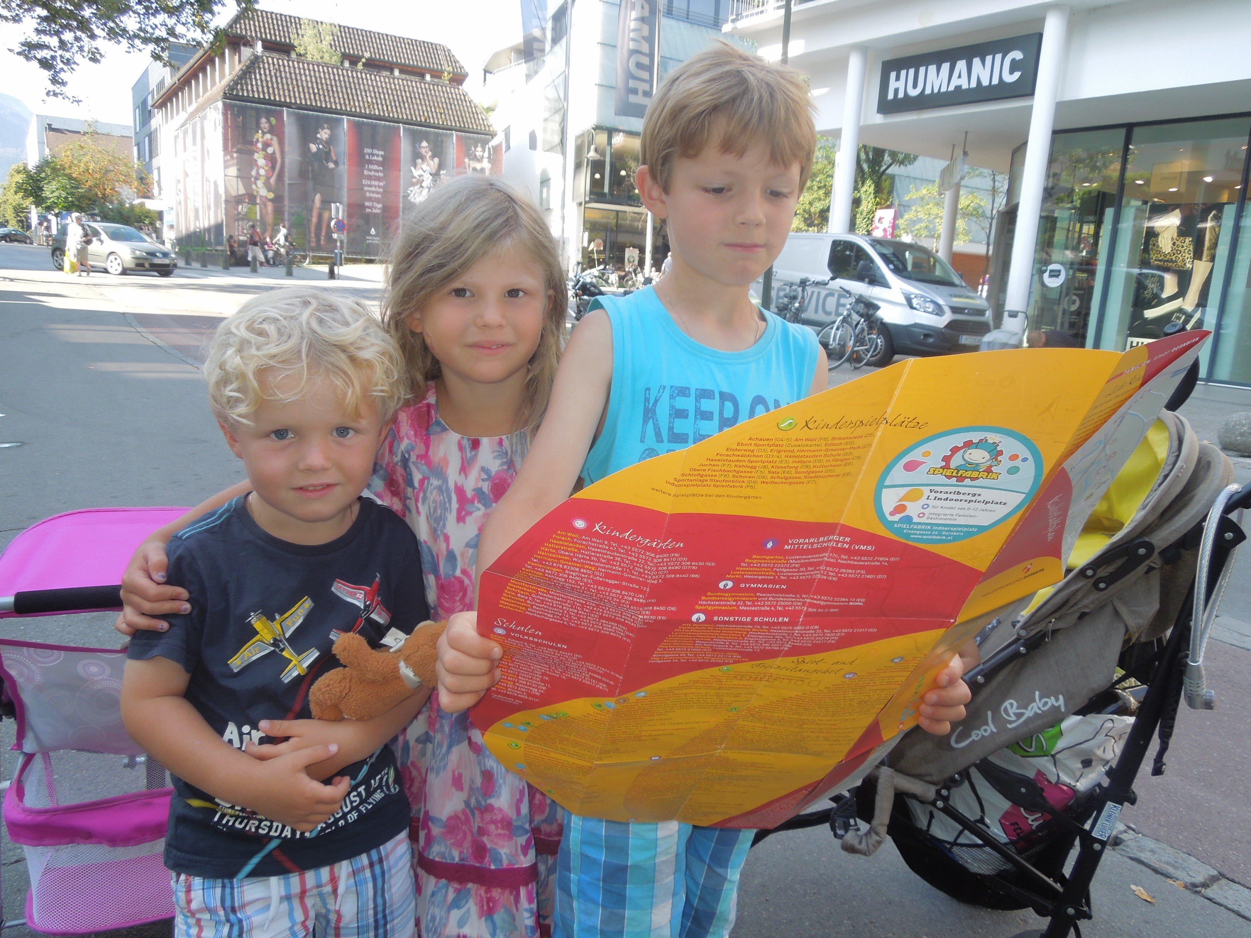 Mit dem Kinderstadtplan ist man bestens informiert, wo es Highlights für Kinder und Kindereinrichtungen in Dornbirn gibt.