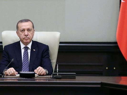 Die türkische Regierung um Präsident Erdogan macht die Gülen-Bewegung für den Putschversuch verantwortlich.