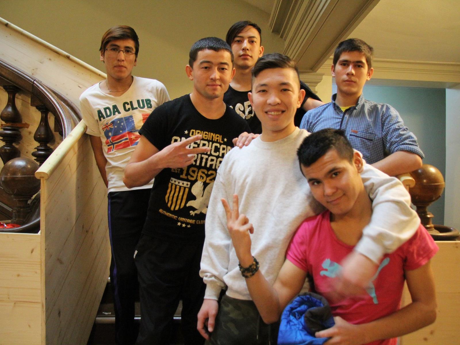 Junge Menschen brauchen Halt und Menschen, auf die sie sich verlassen können. Das Mentorenprogramm der Caritas bietet dies jungen Flüchtlingen.