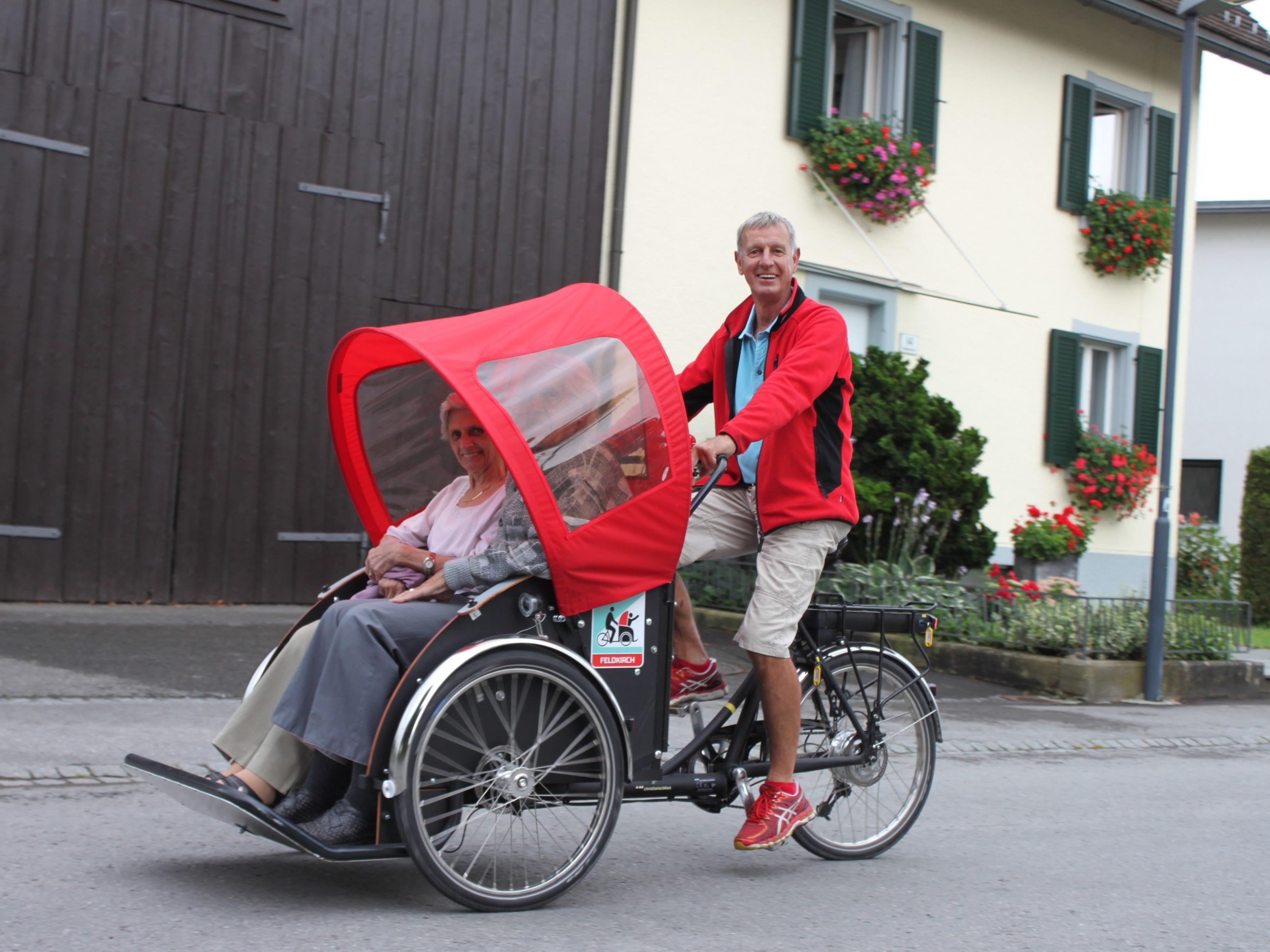 Ab sofort können auch betagte Senioren eine Fahrradausfahrt genießen.