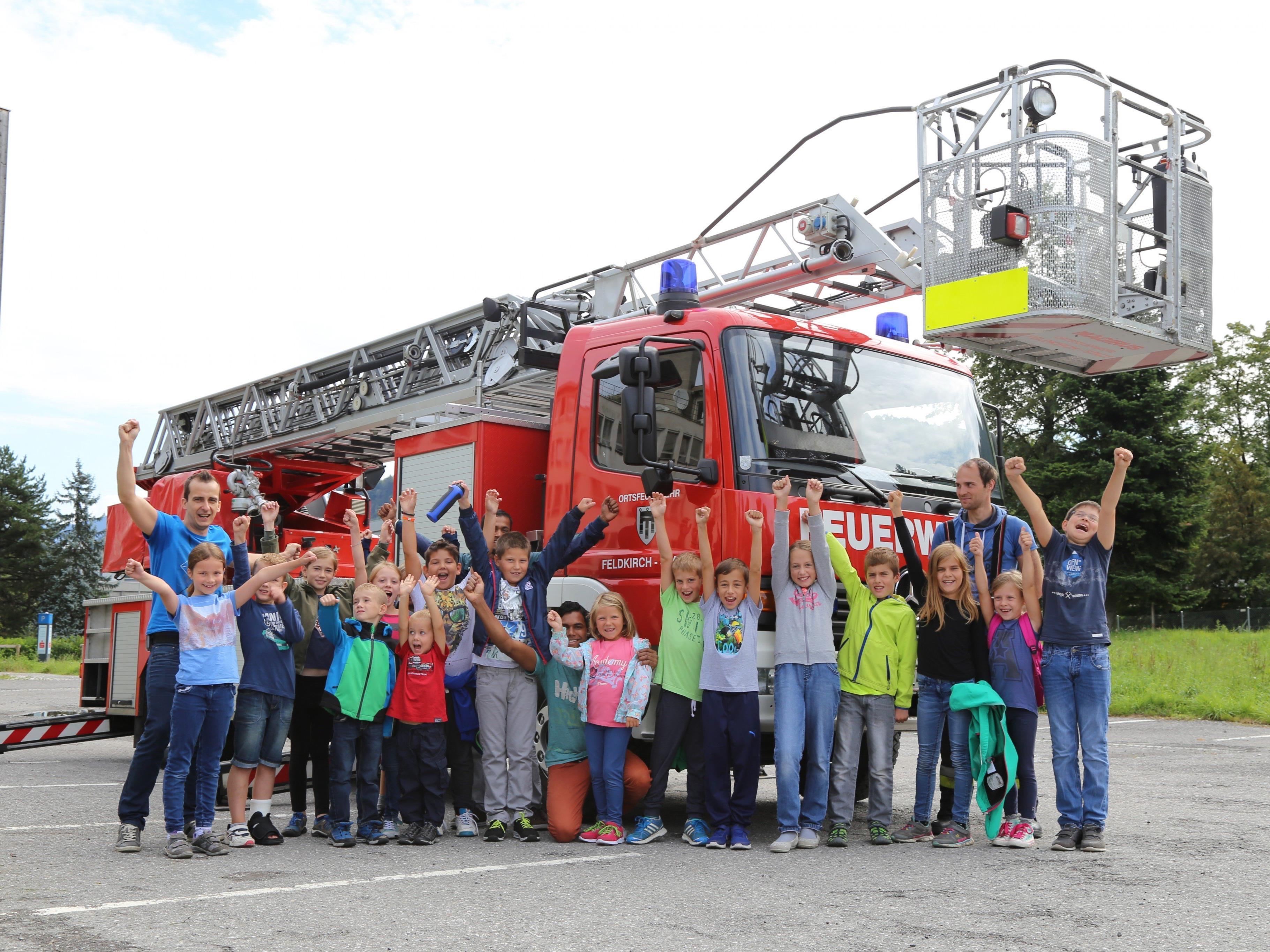 Die Teilnehmer hatten sichtlich Spaß beim Feuerwehr-Schnuppertag in Feldkirch.