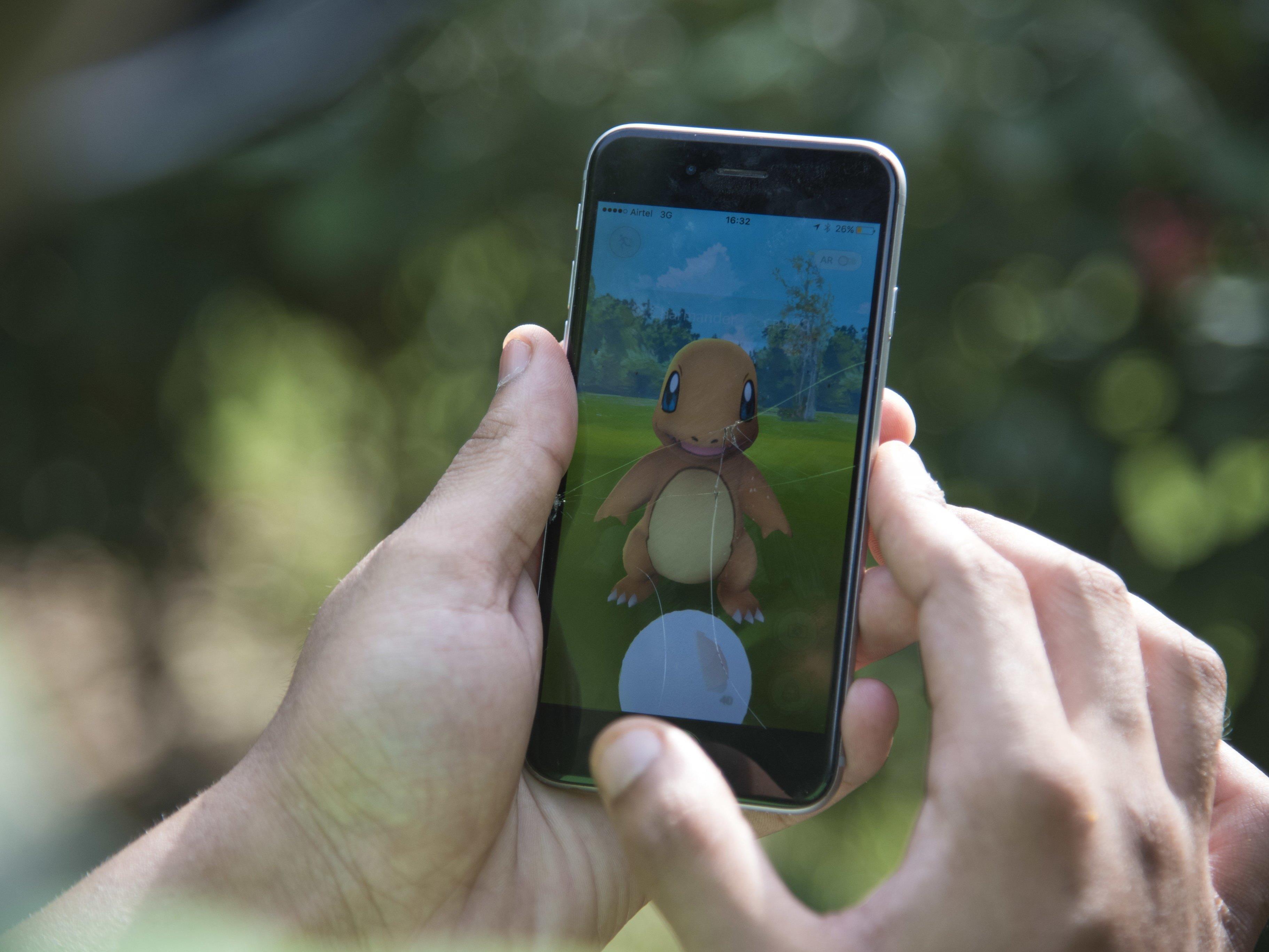 Der erste Spieler hat weltweit alle verfügbaren Pokémon-Monster geschnappt.