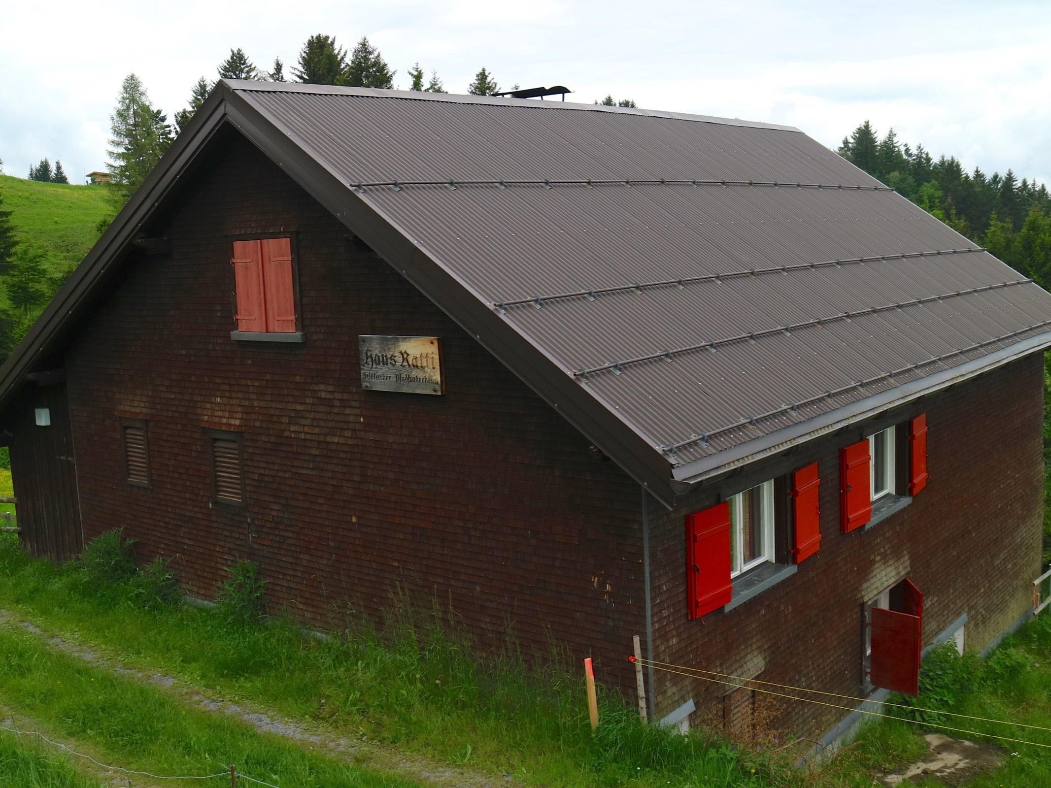Nachdem in den letzten Tagen die Hütte bereits ausgeräumt wurde, erfolgt Mitte September der Abriss der 150 Jahre alten Bausubstanz.