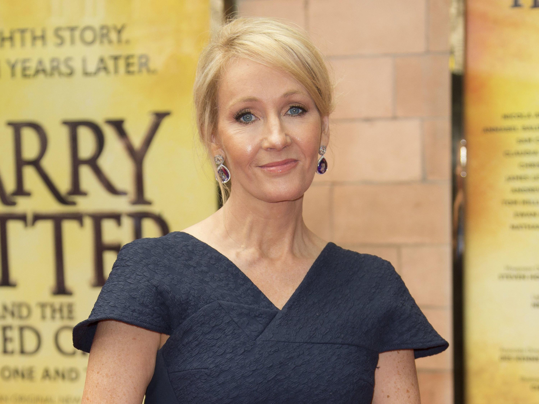 """Rowling schreibt weitere Geschichten zu """"Harry Potter""""."""