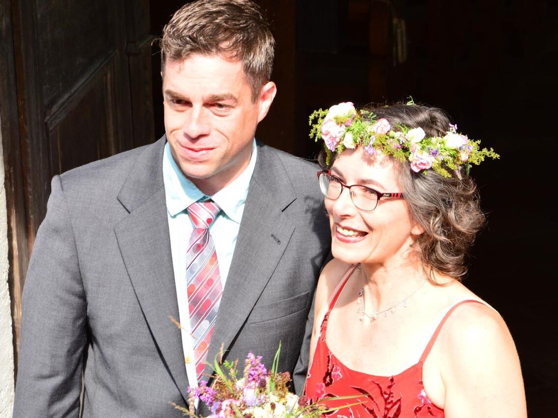 Hochzeitspaar Peter Wäger und Sophie Fontanne.