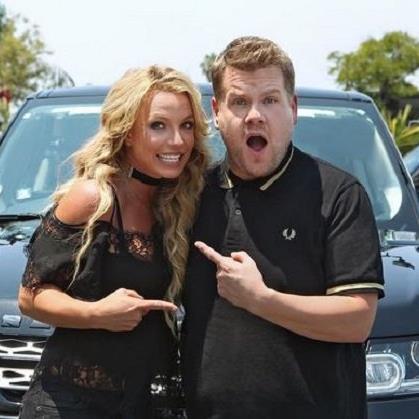 Britney Spears mit James Cordon
