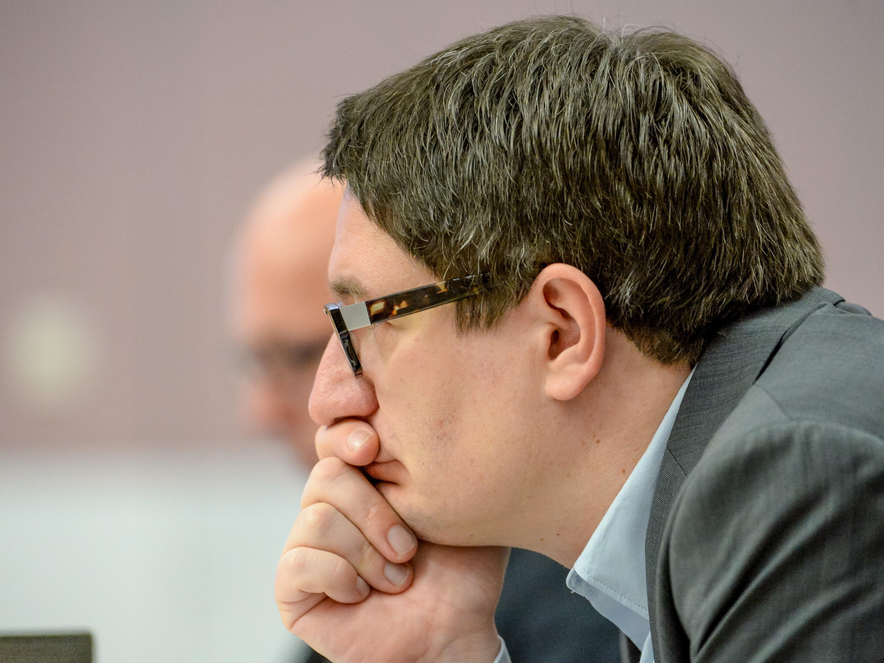 SPÖ-Landtagsabgeordneter Reinhold Einwallner kontert die Kritik von VP-Klubobmann Roland Frühstück gegenüber SPÖ-Parteichef Michael Ritsch.