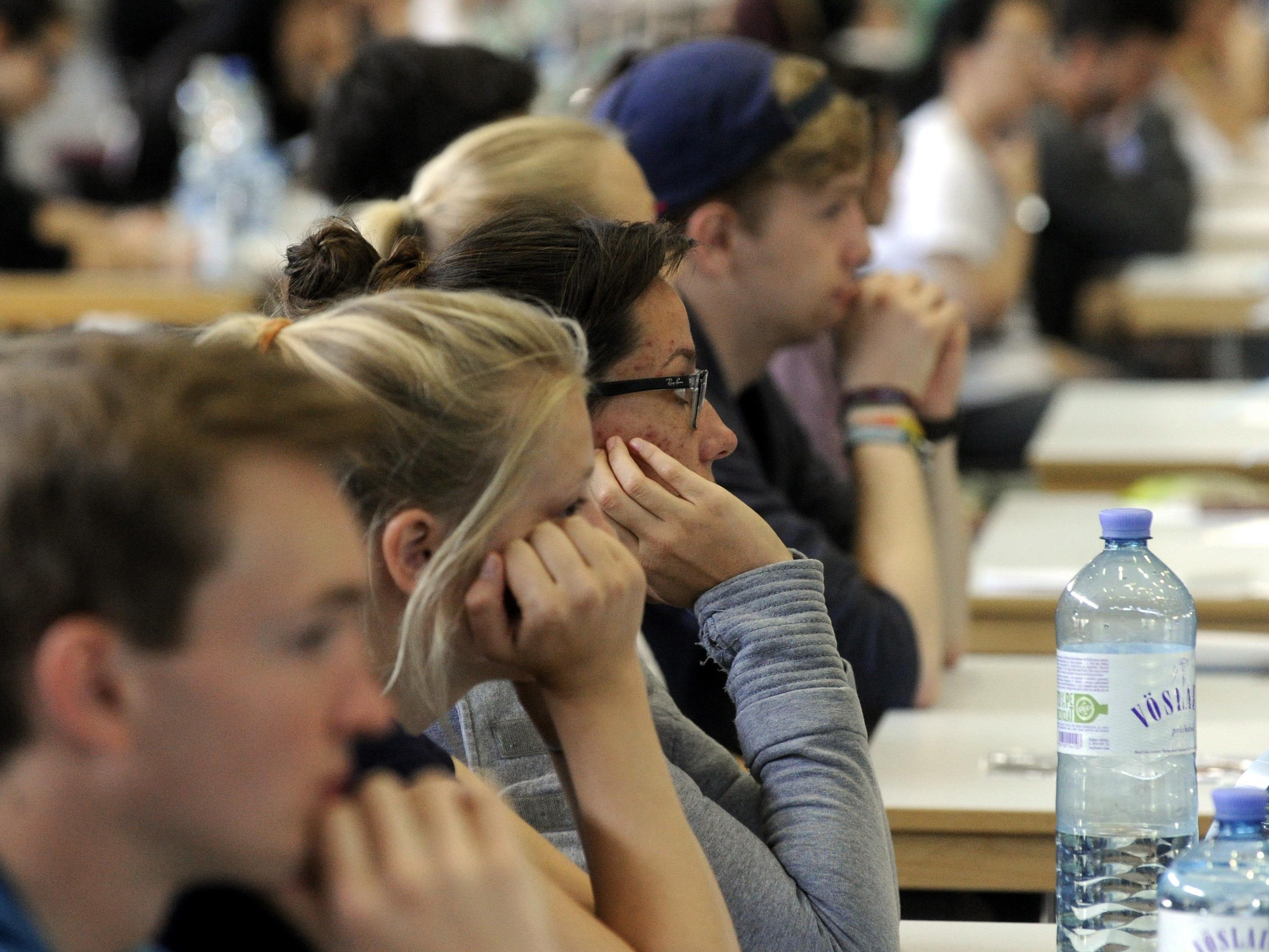 Viele Medizinstudenten wollen nach Abschluss ins Ausland.