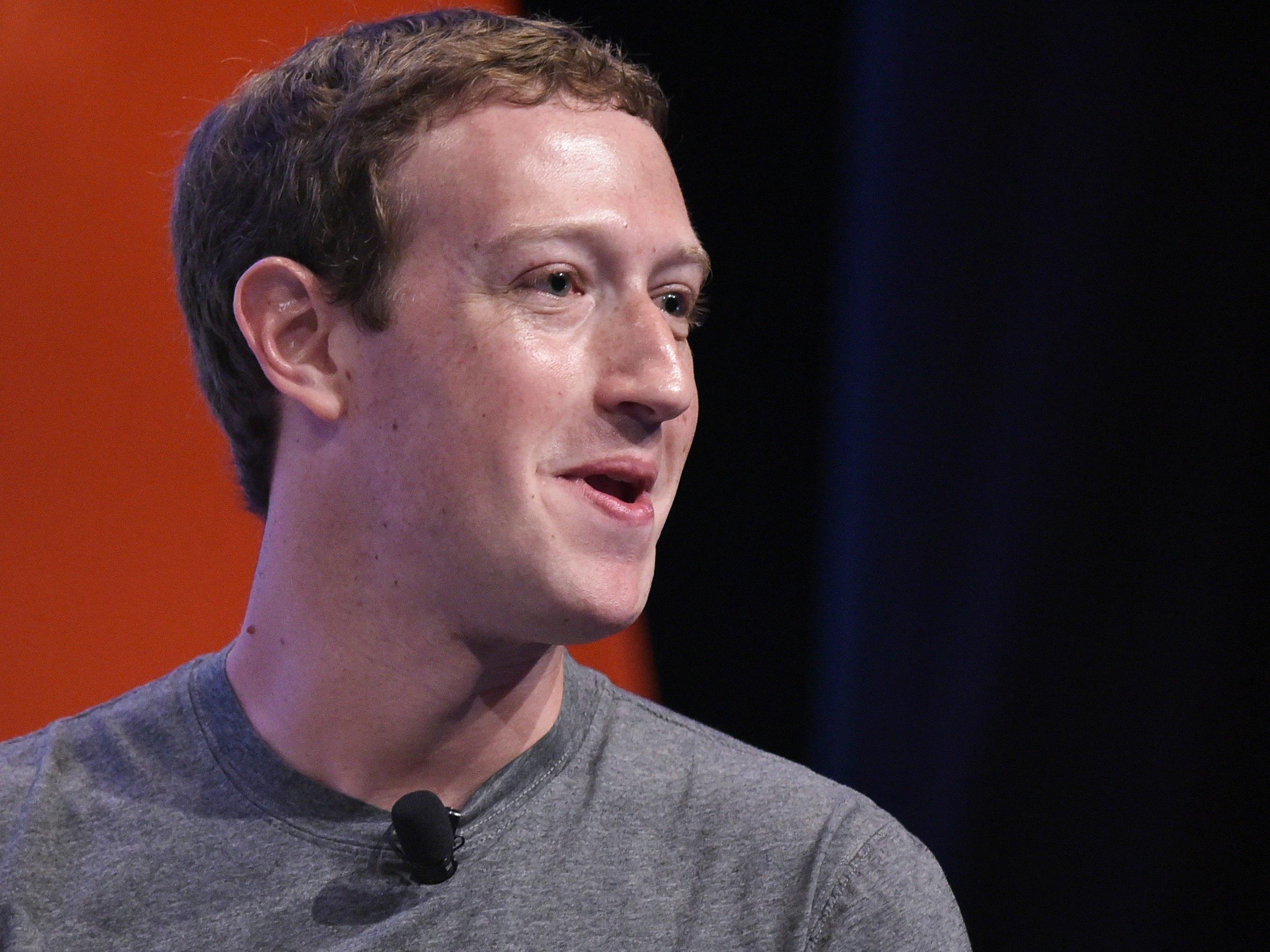 Facebook-Gründer Zuckerberg traf den Papst.