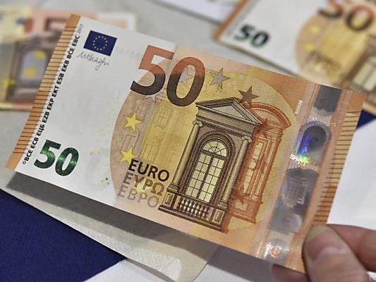 Österreicher zahlen gerne mit Bargeld
