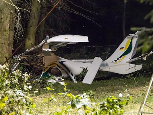 Zwei Flugzeuge stießen im Landeanflug zusammen