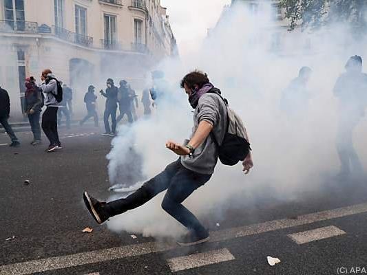 Demonstranten fordern Rücknahme des beschlossenen Gesetzes