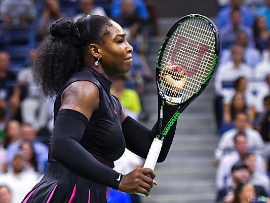 Serena Williams besiegte Simona Halep