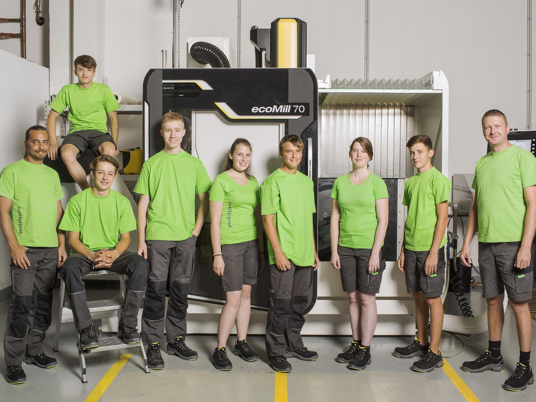 Fünf Burschen und zwei Mädchen haben im September ihre Lehre bei 1zu1 Prototypen begonnen.