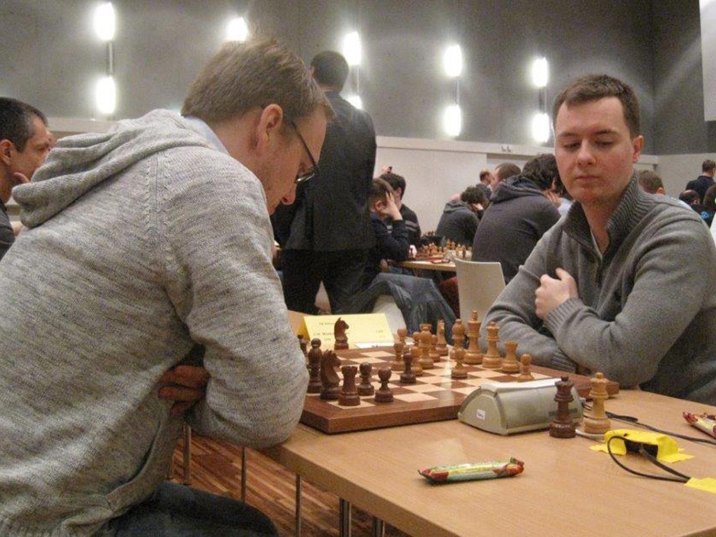 GM Falko Bindrich vom SK Hohenems im Spiel gegen Österreichs Nr. 1, Markus Ragger.