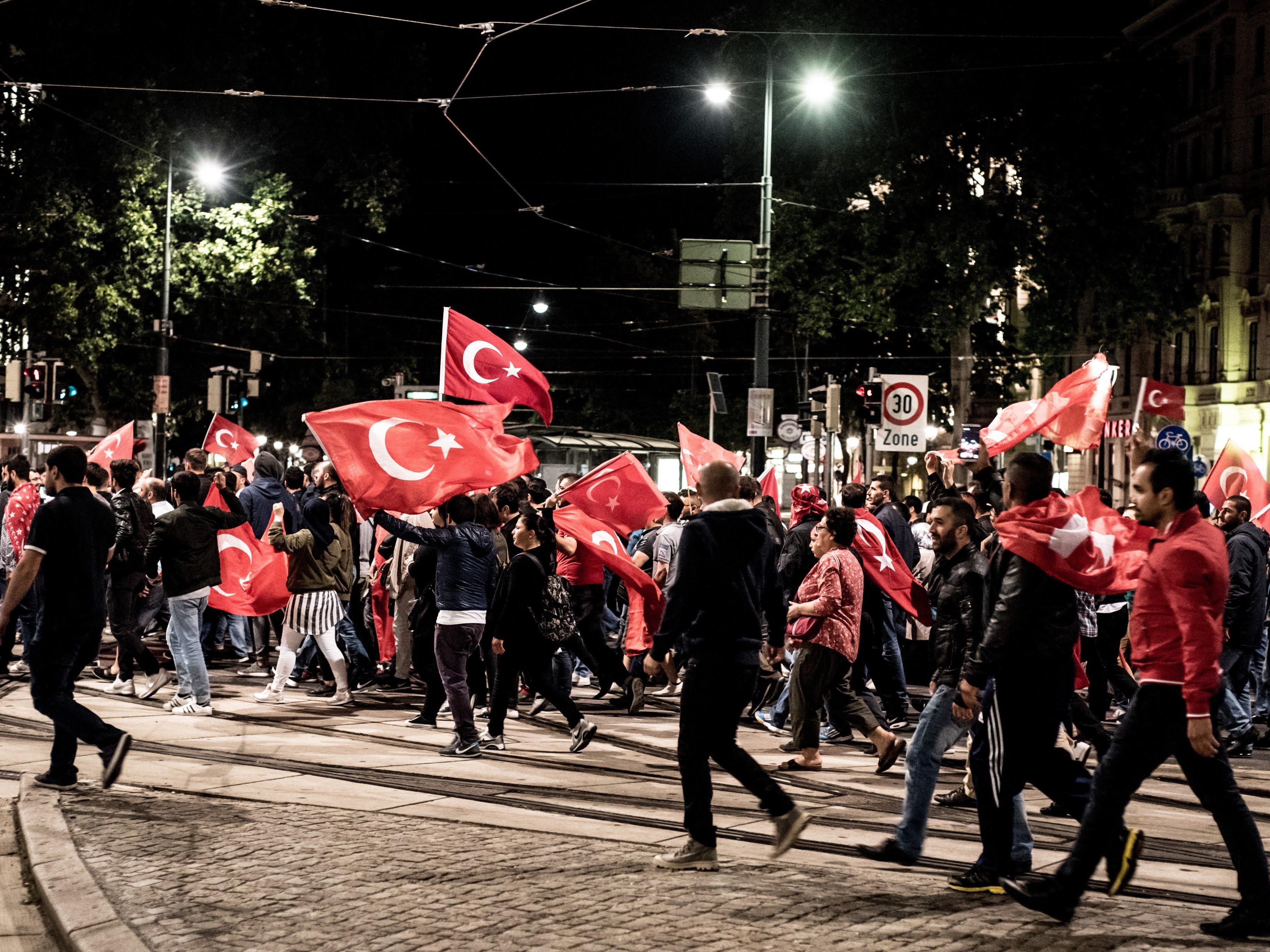 Über 50 Prozentder befragten Austrotürken würden das Land sofort verlassen.