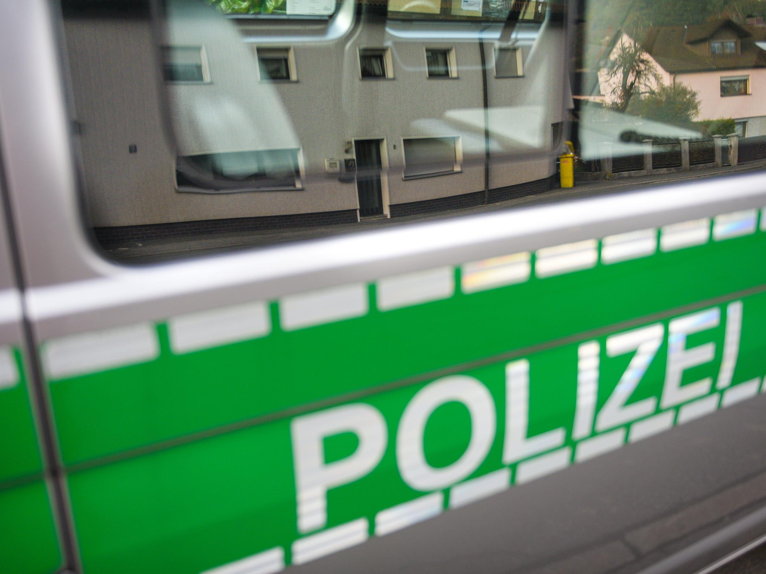 Der Straftäter konnte bereits am Montagabend wieder festgenommen werden.