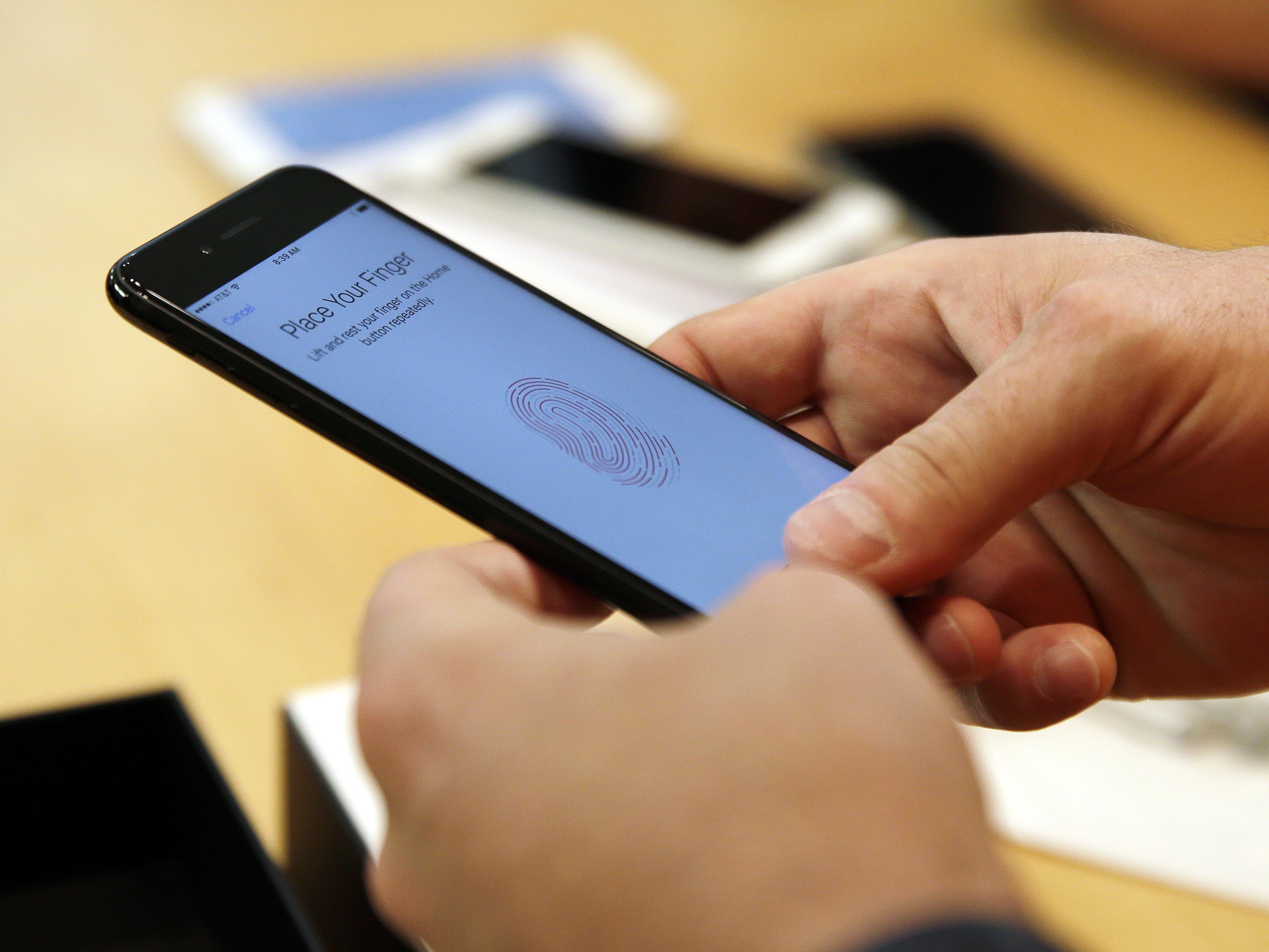 Ein iPhone 7 ist offenbar auf dem Weg zum Kunden explodiert.