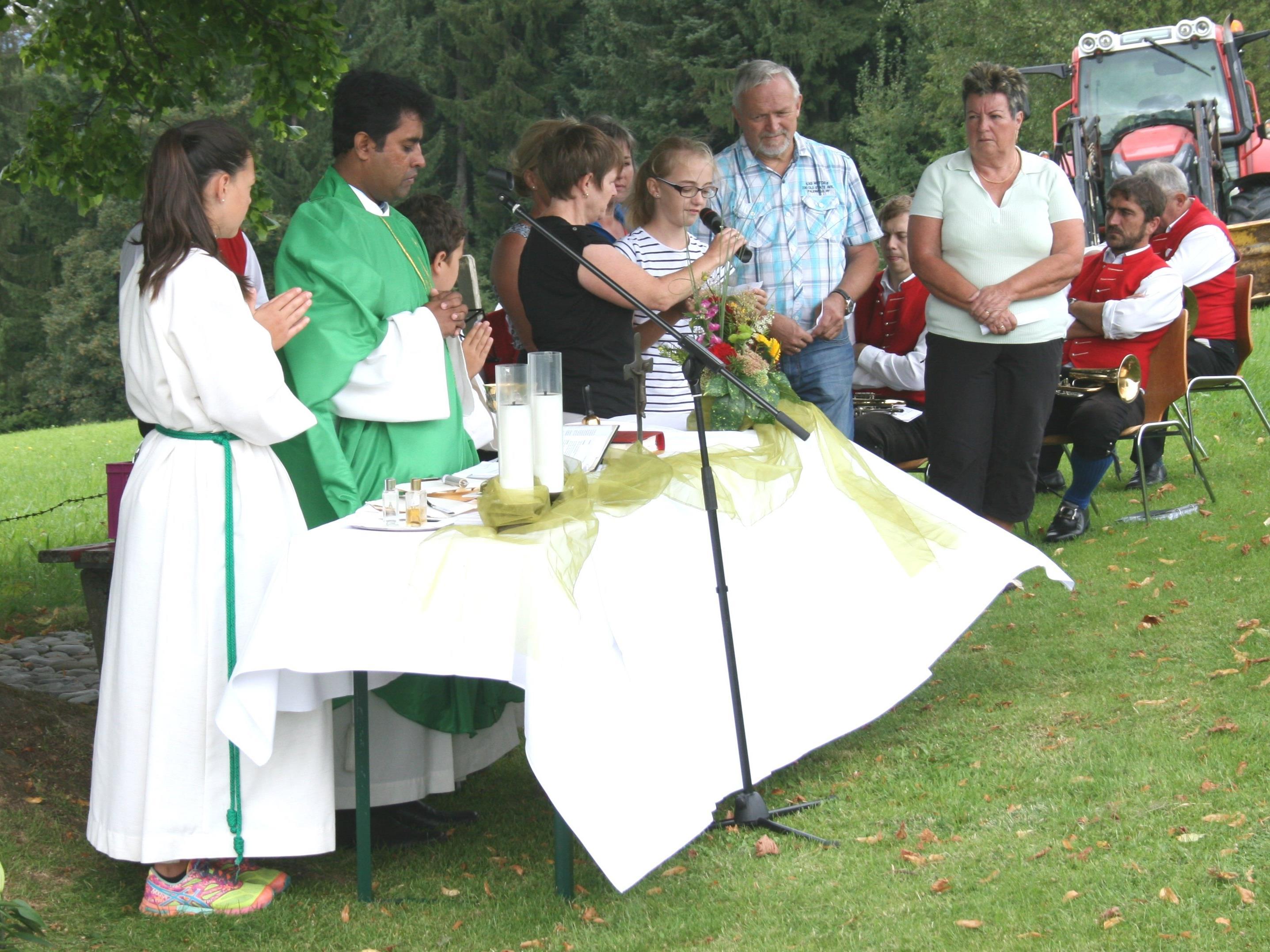 Pfarrmitglieder aus drei Gemeinden gestalteteten den Gottesdienst.
