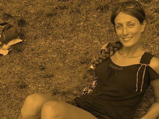 Christina Kolb ist Weltmeisterin im Paragleit-Kunstflug.