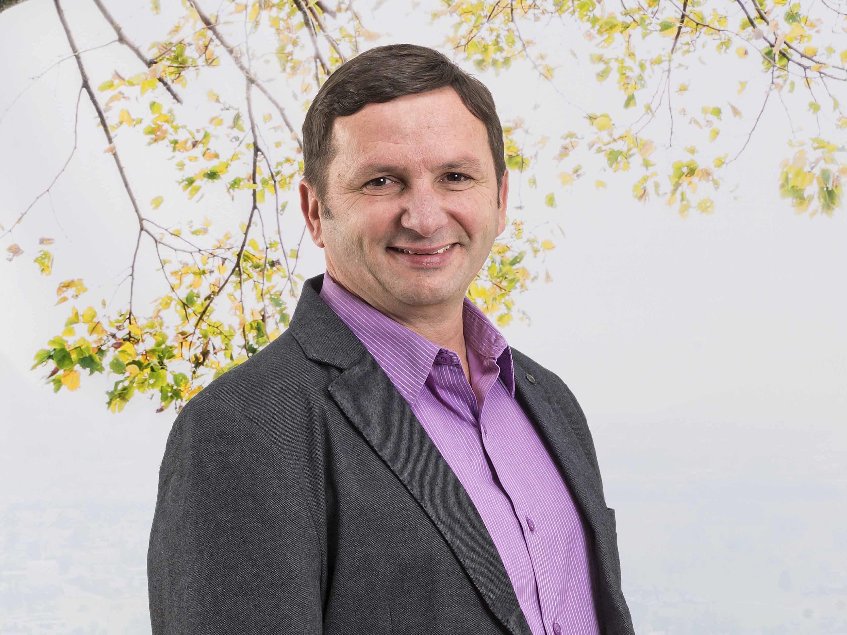 Willi Witzemann informiert über Altacher Jugendtaxi ab 1.1.2017.