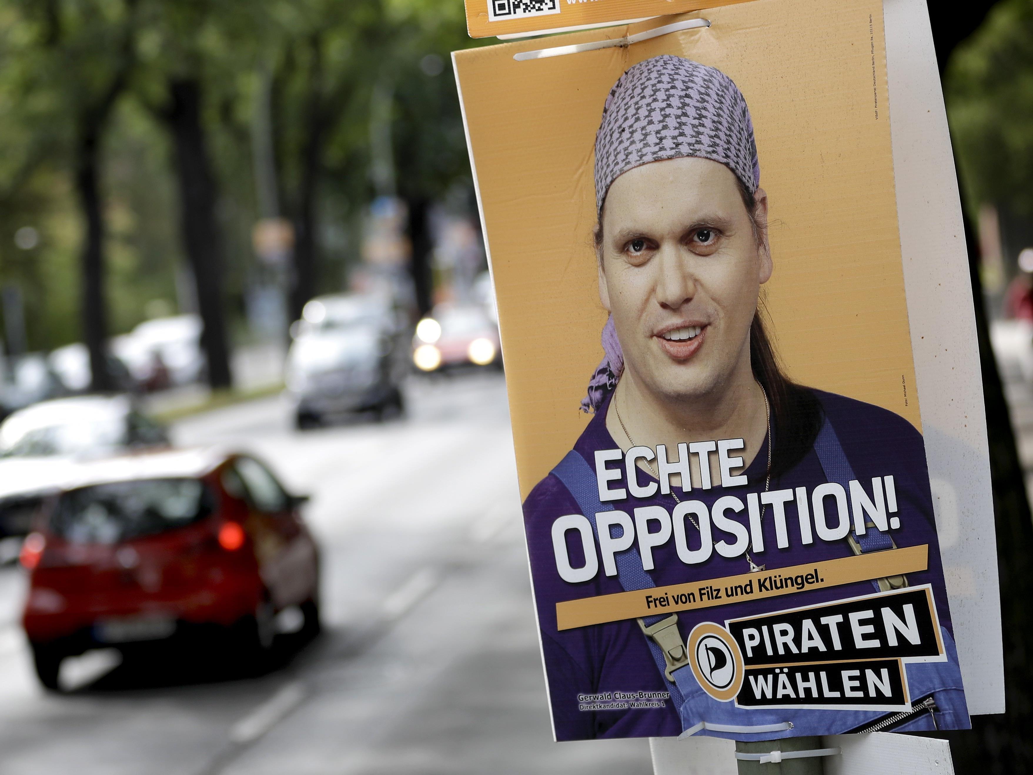 Claus-Brenner gehörte seit dem Jahr 2011 als Abgeordneter der Piratenfraktion dem Berliner Abgeordnetenhaus an.