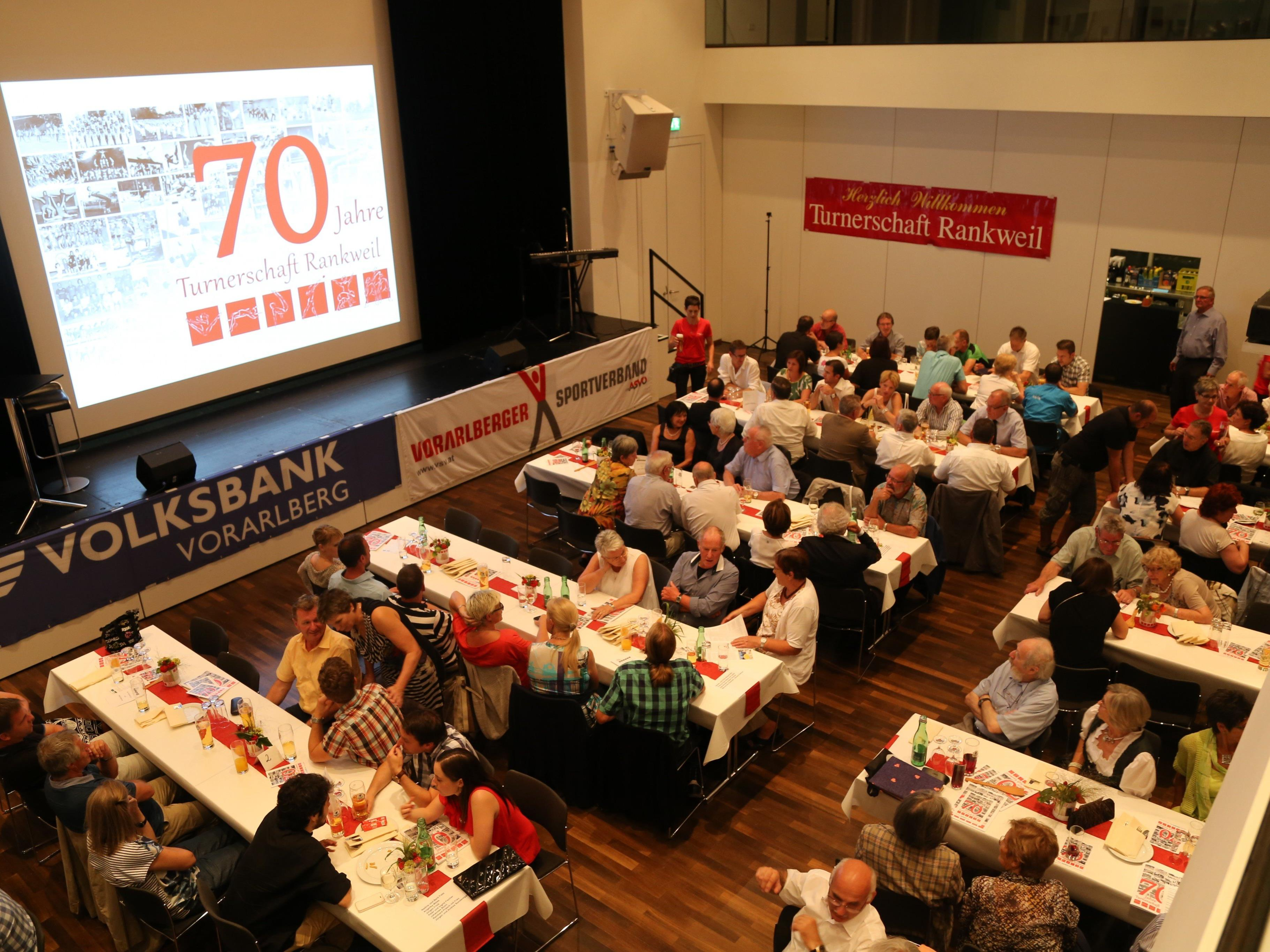 Zahlreiche Gäste waren gekommen, um das 70-jährige Bestehen der Turnerschaft Rankweil zu feiern.