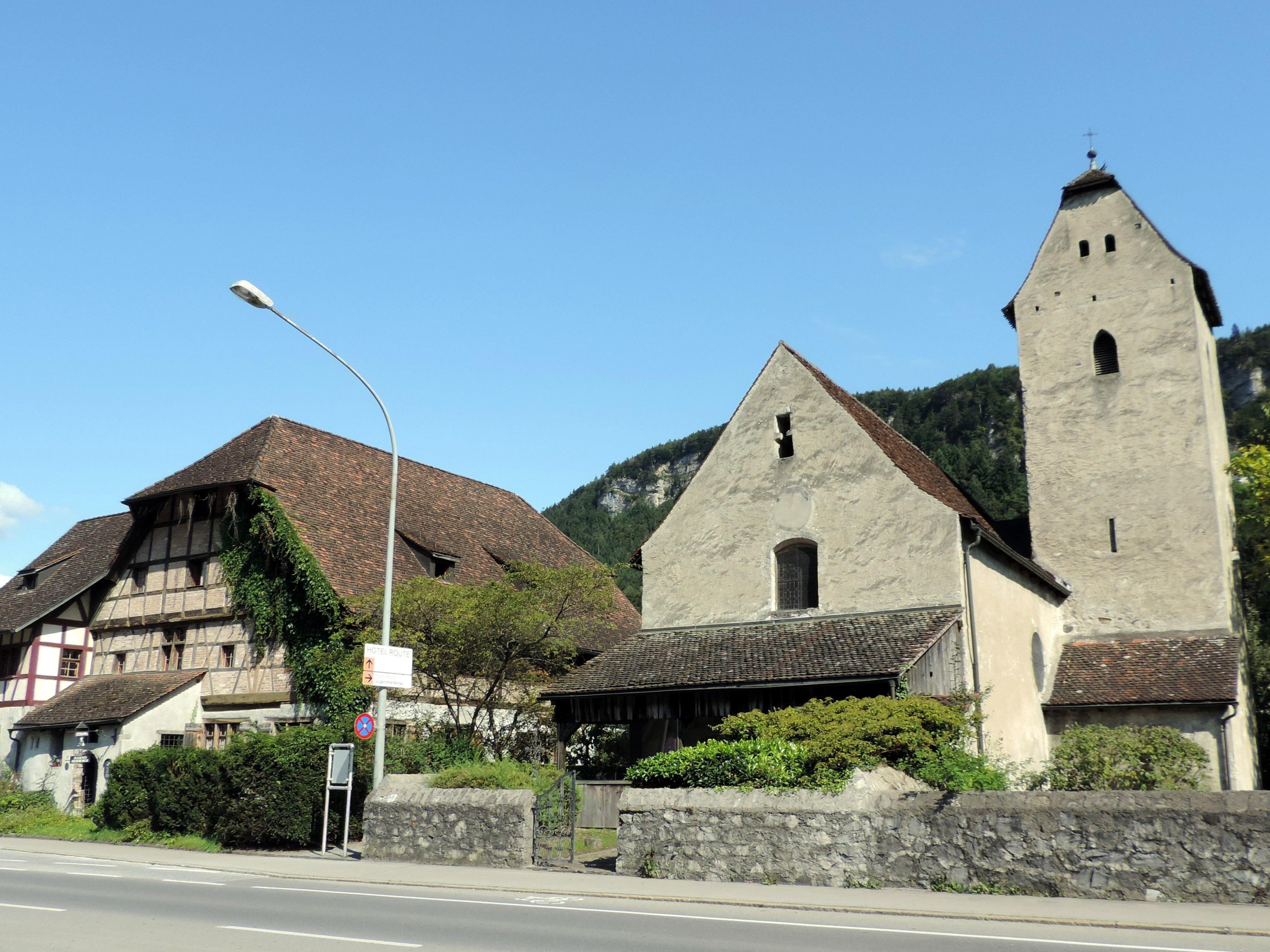 Wahrzeichen von Levis: Herberge und St. Magdalena
