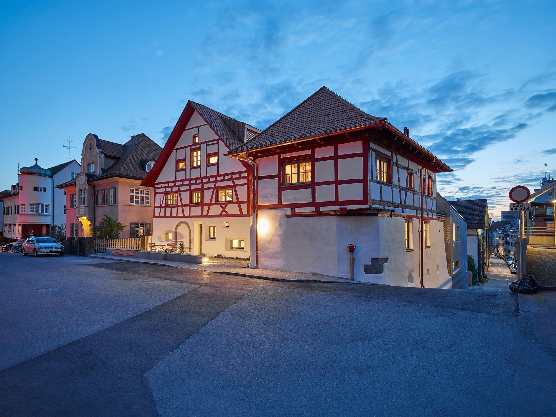 DIe Kolpingfamilie ladet in Bregenz zur Besichtigung des sanierten und erweiterten Mesnerhauses ein.