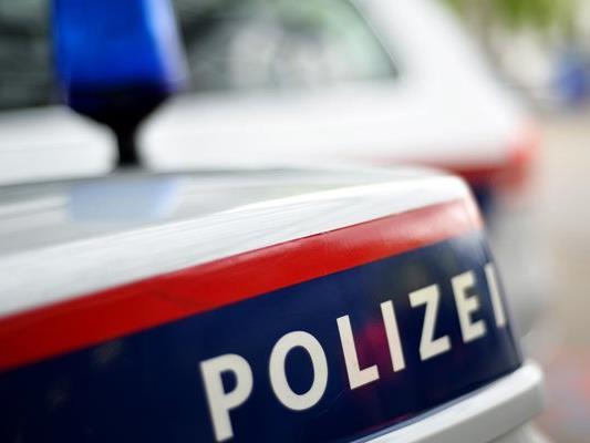 Der 15-Jährige stürzte, weil er einem Porsche auswich.