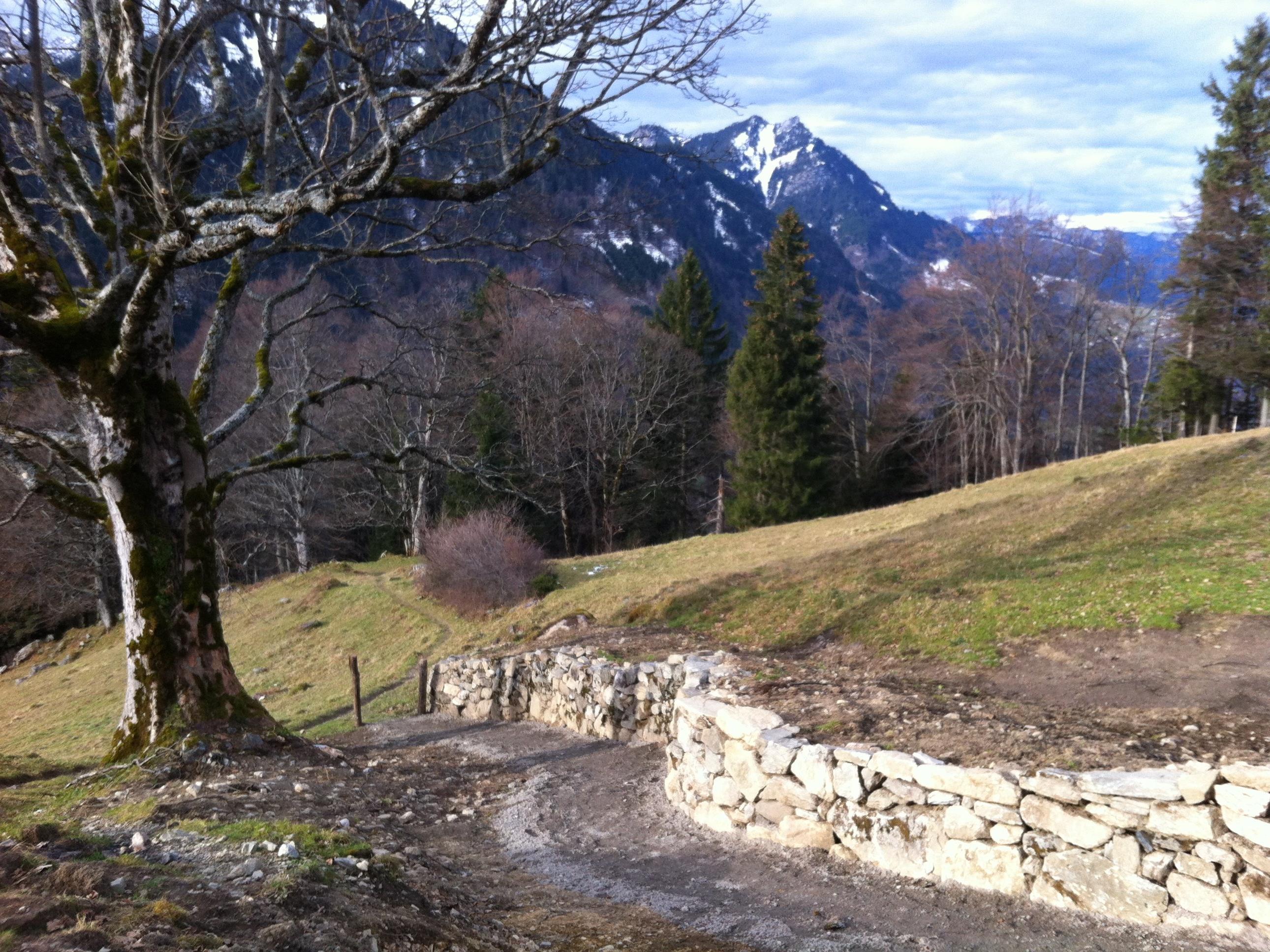 Der historische Alpweg wurde aufwändig saniert.
