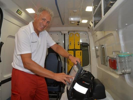 Roland Gozzi beendet nach 40 Jahren im Dienst seine freiwillige Tätigkeit als Rettungssanitäter.
