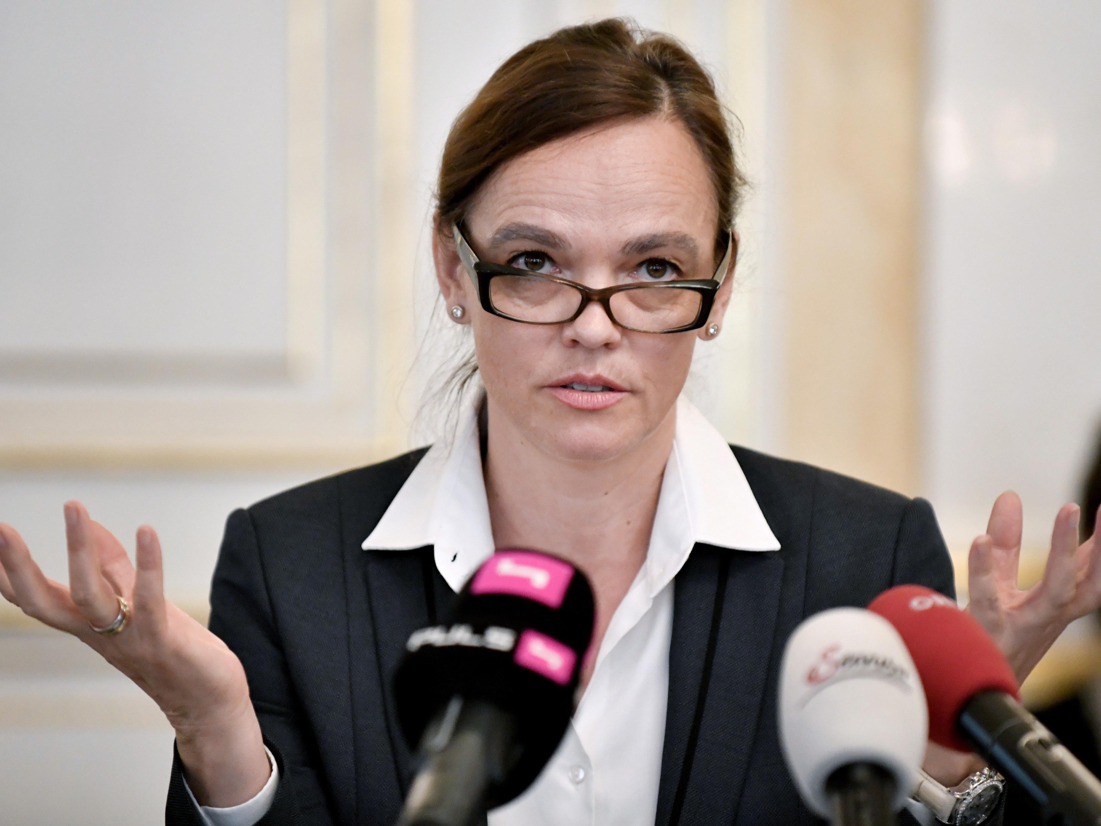 Bildungsministerin Sonja Hammerschmid will Personalautonomie für die Schulen.