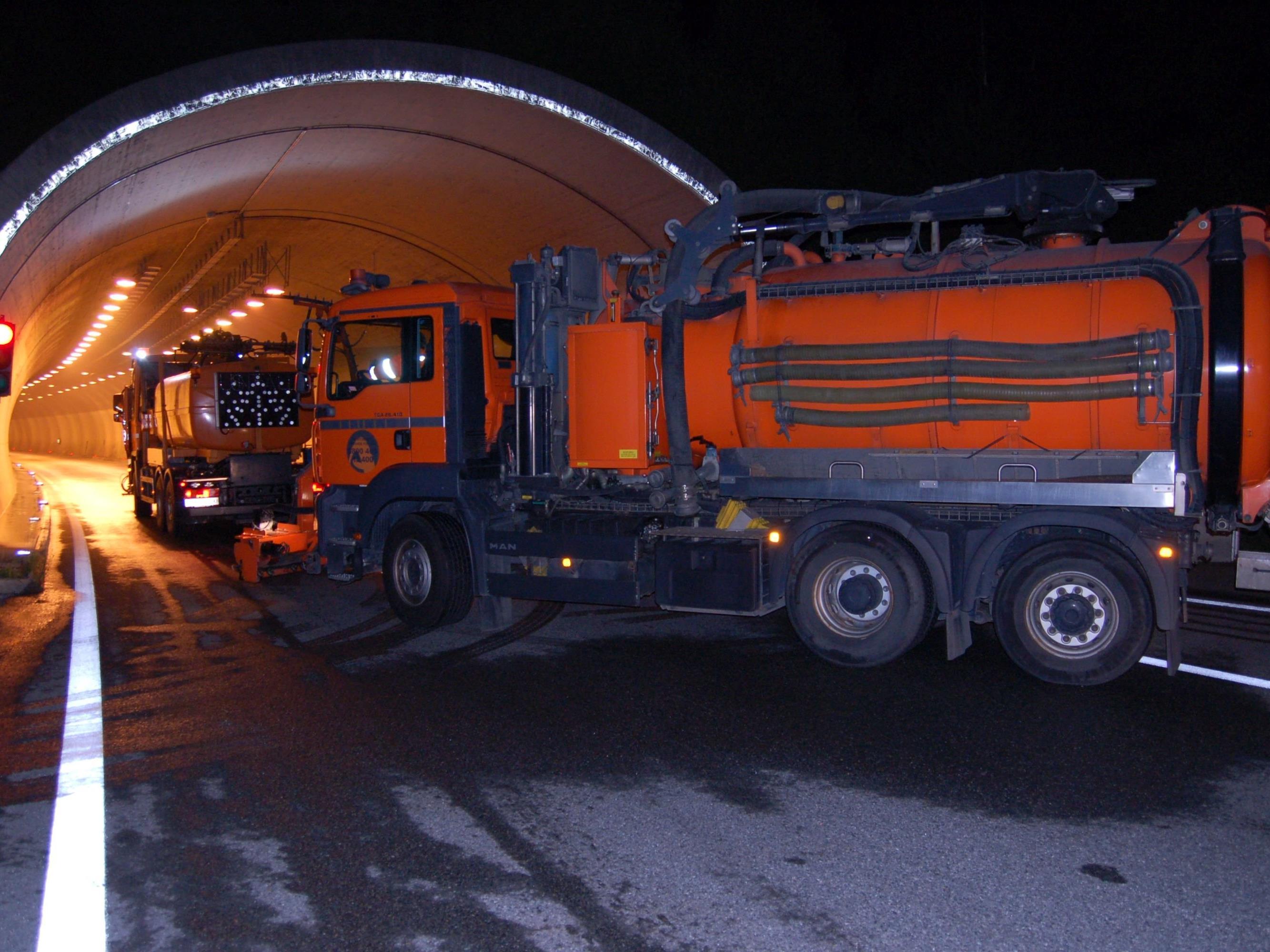 In Vorarlberg kommt es im Herbst an manchen Tunneln zu Einschränkungen wegen Reinigungsarbeiten.