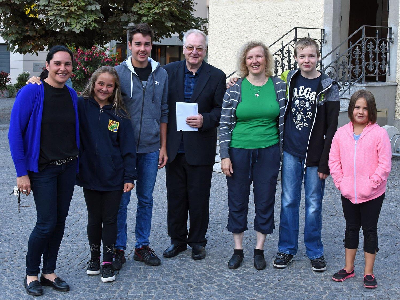 Abschied von Pfarrer Herbert Böhler nach der letzten Werktagsmesse in Schruns