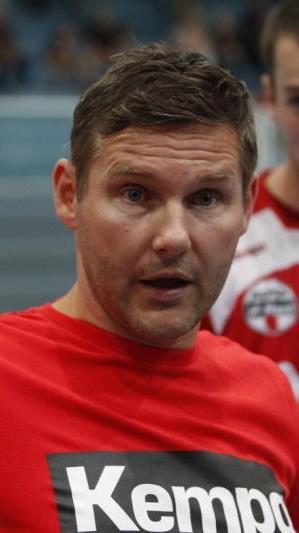 Debüt von Cheftrainer Petr Hrachovec