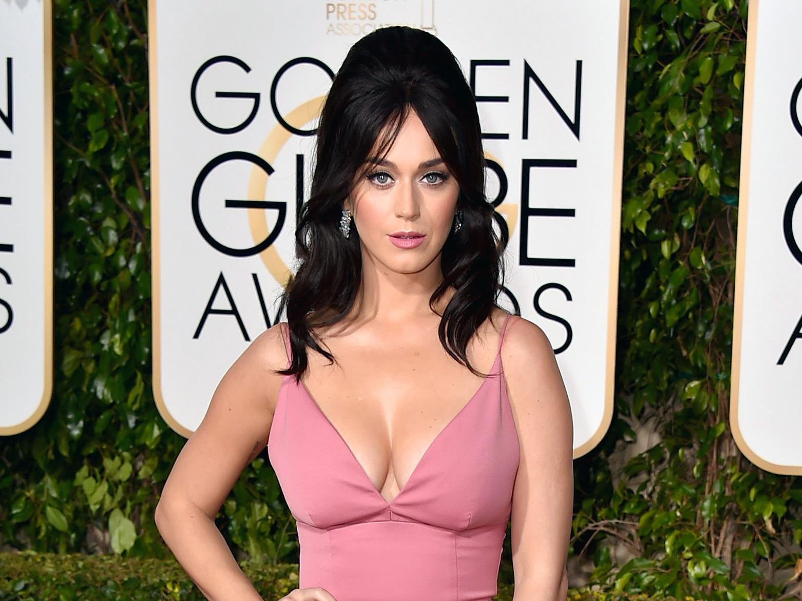 Katy Perry half ihrer Schwester bei einer Geburt.