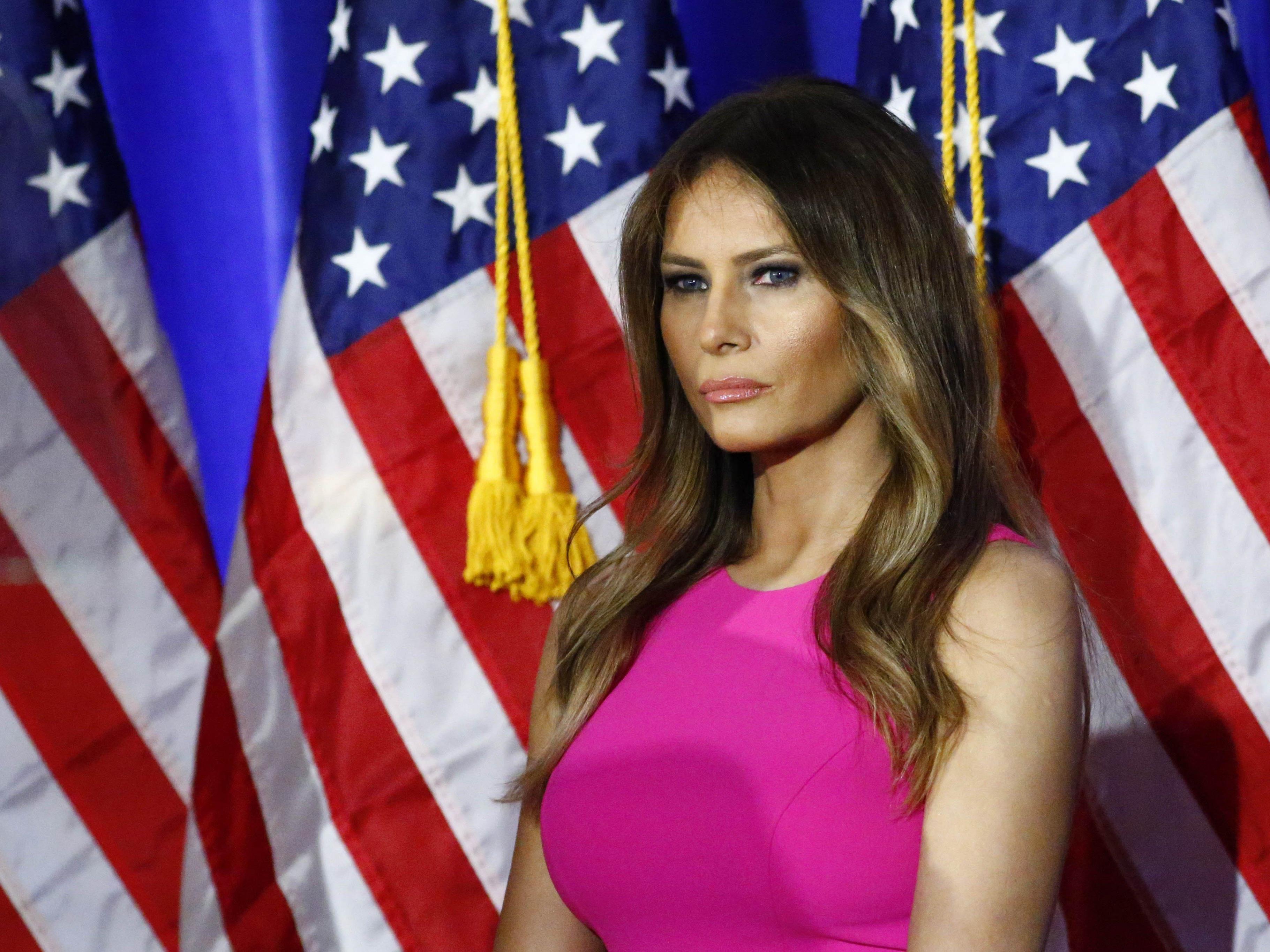 Melania Trump verklagt mehrere Medien.