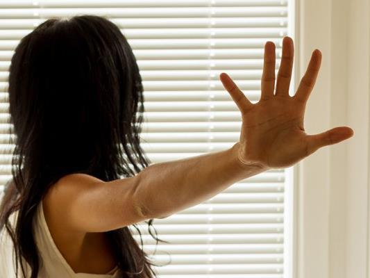 Ein vermeintlicher Taxifahrer versuchte in Nenzing, eine 17-Jährige sexuell zu nötigen.