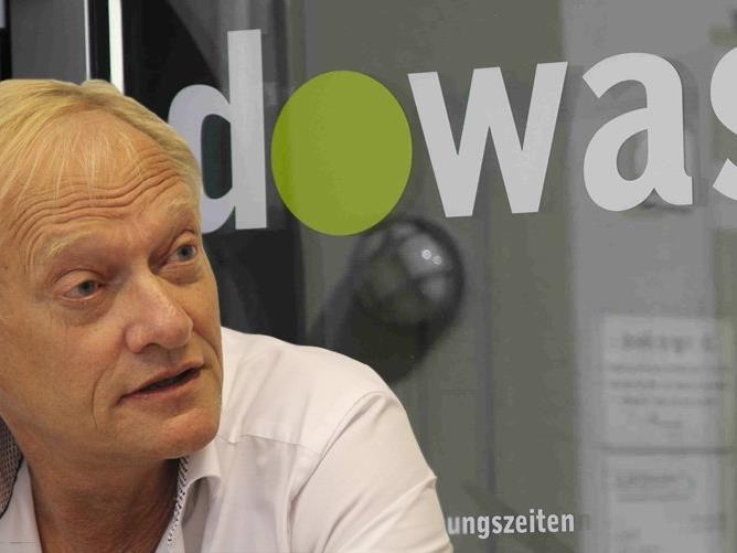 Dowas-Leiter Michael Diettrich spricht von Konflikten aufgrund des durch die Flüchtlingen zugenommenen Druck unter den Ärmsten und einer verfehlten Wirtschaftspolitik.