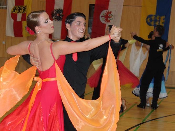 Tanzsport vom Feinsten gab es in der Halle der Mittelschule Doren zu bewundern.