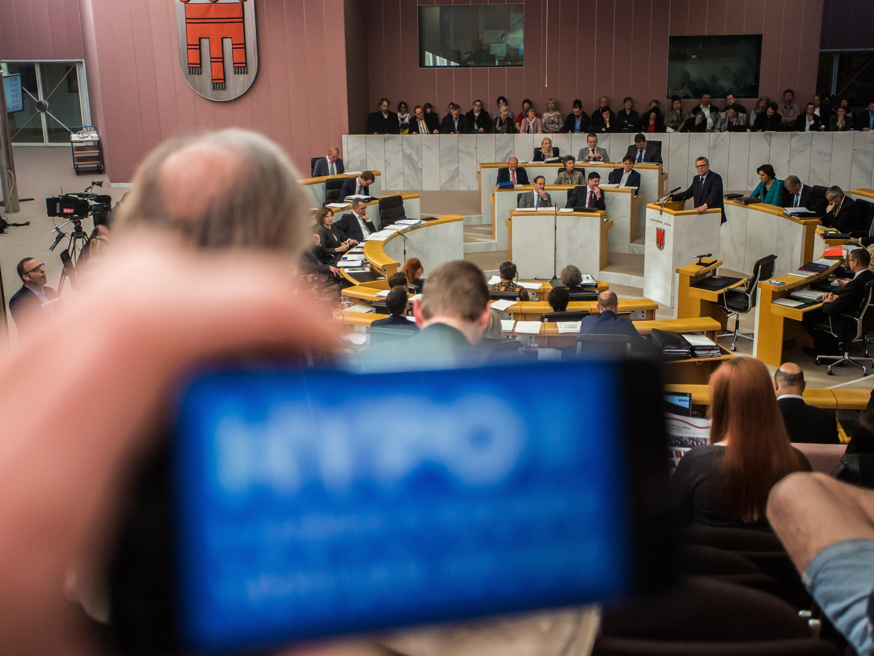 Vorstand und Aufsichtsrat wollen auf Prüfberichte und Ergebnis des Hypo-U-Ausschusses warten