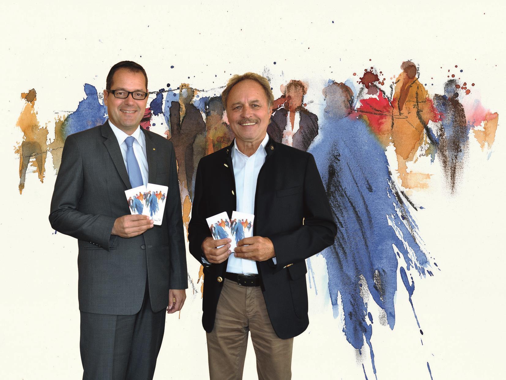 """Unter dem Titel """"Was zählt, sind die Menschen"""" präsentiert die Sparkasse Bregenz das Kunstsparbuch 2016, gestaltet von Künstler Gerhard Mangold (im Bild rechts mit Vorstandsdirektor Mag. Martin Jäger)"""