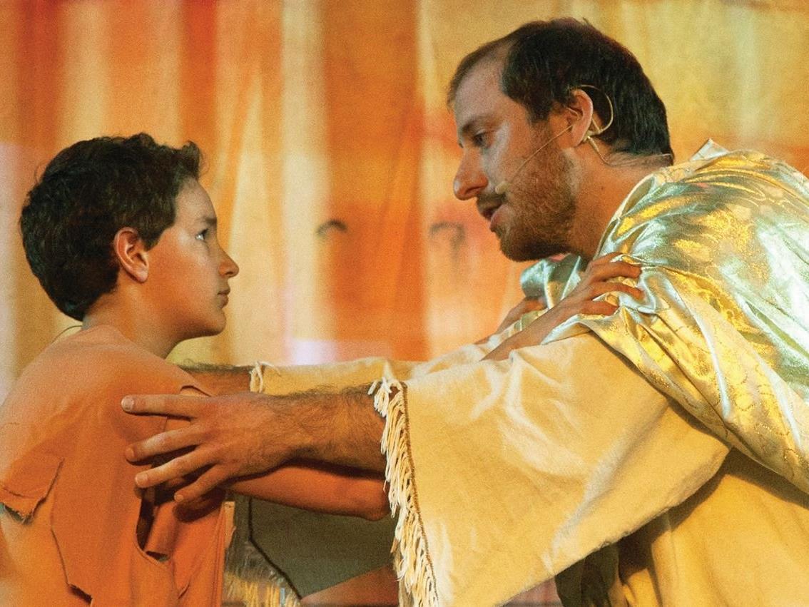 Der verloren Sohn kehrt zum Vater zurück - spannendes Musical der KISI
