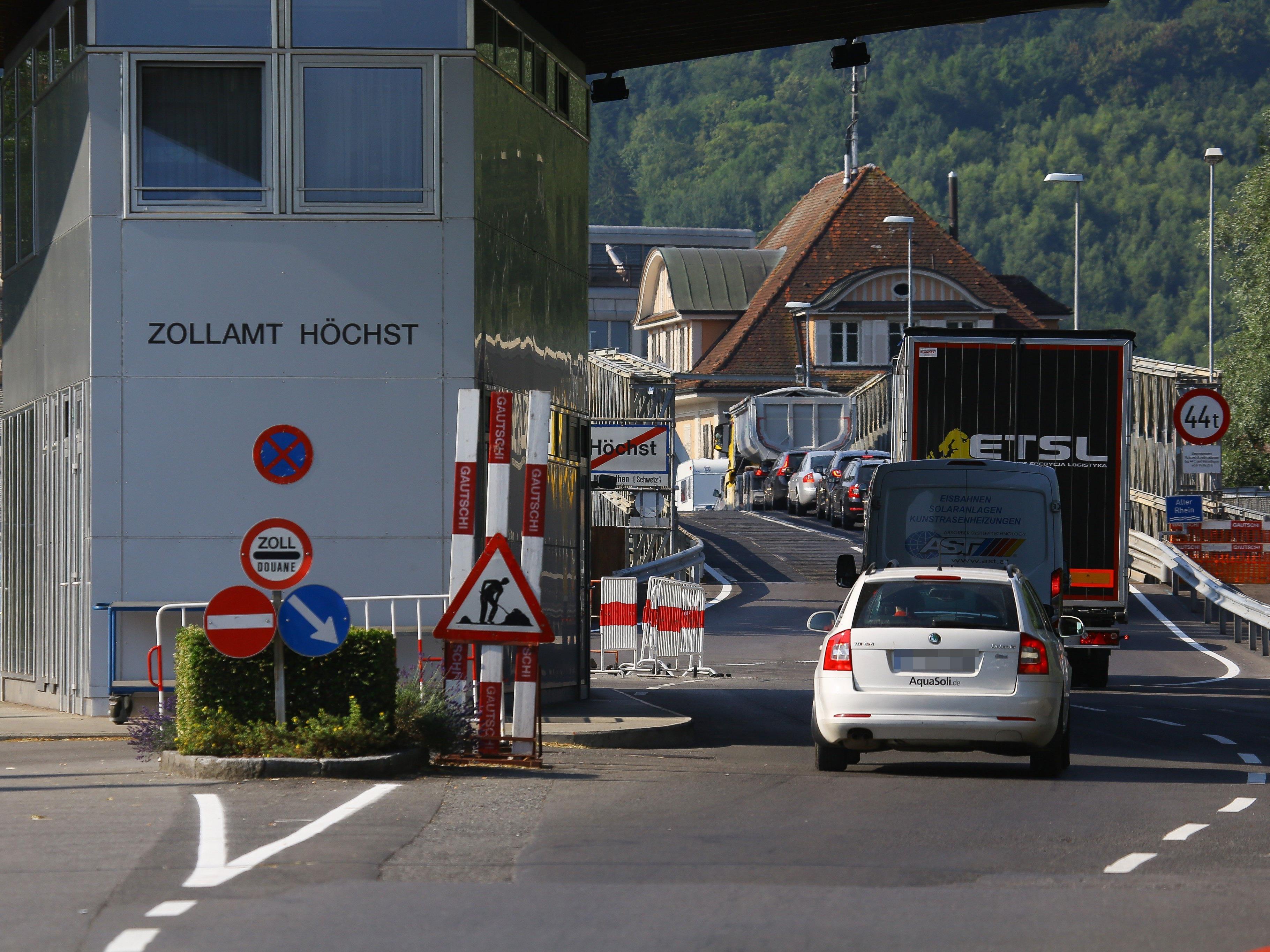 Die Brücke zwischen Höchst und St. Margrethen wird am Montagabend gesperrt.
